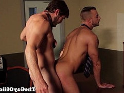 Office fucker Jessie Colters table bang